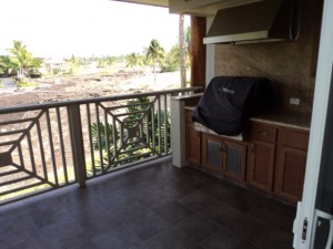 Private Deck, View Of Golf Course & Gas Grill - Waikoloa Hawaii Vacation Rental